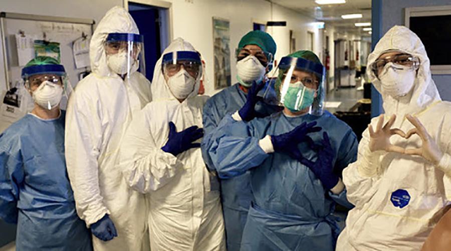 in italia mancano 90mila infermieri