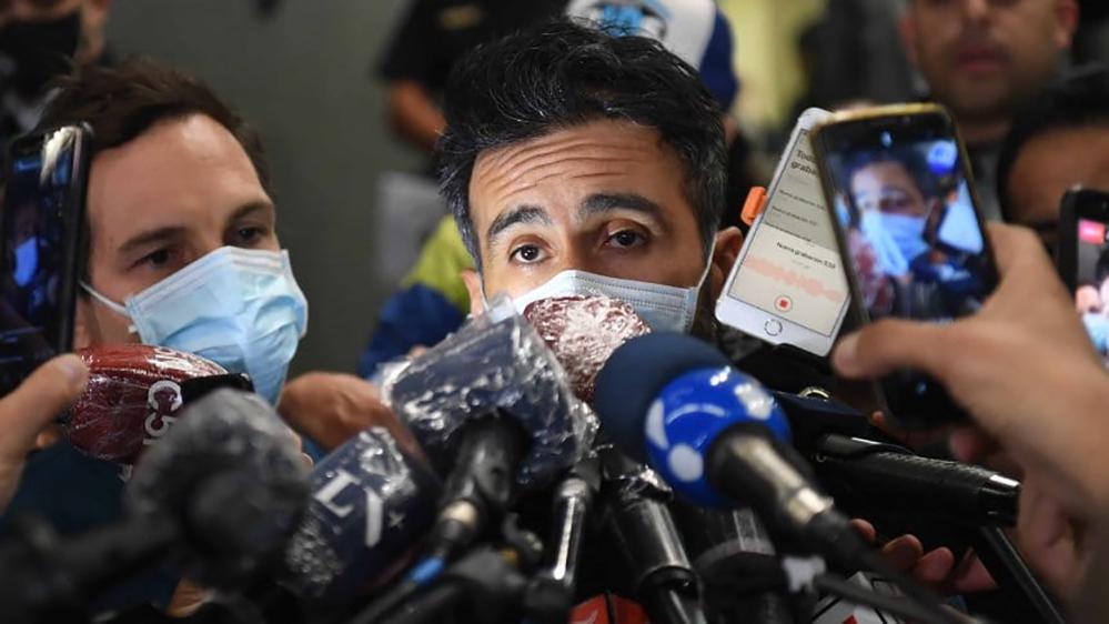 Maradona,il medico,lo teniamo qui