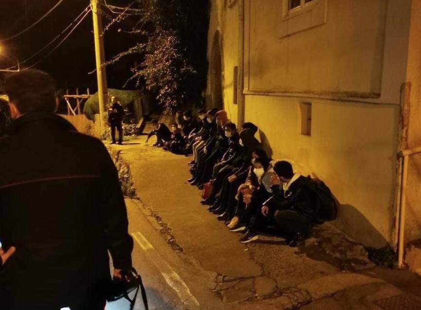 migranti sbarcano a Massa Lubrense