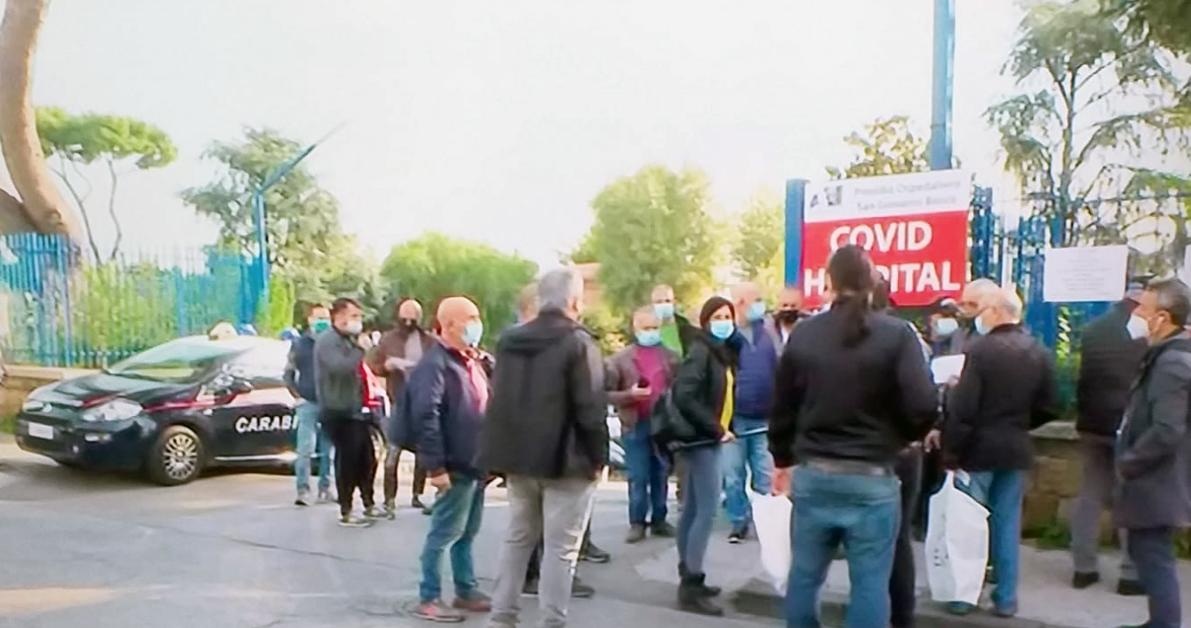 Apre l'ospedale Covid al San Giovanni Bosco ma protestano i cittadini