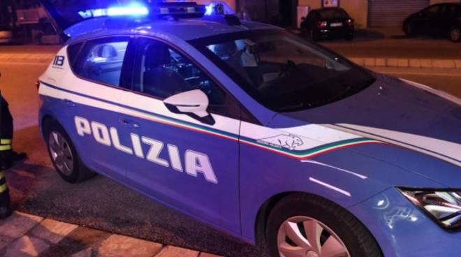 napoli droga arresti domiciliari, Napoli, detiene droga agli arresti domiciliari. Arrestato 49enne