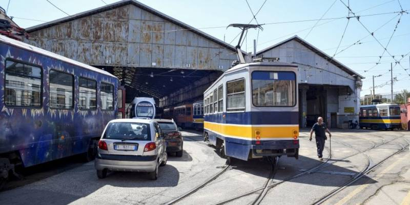 napoli 2 linee tram
