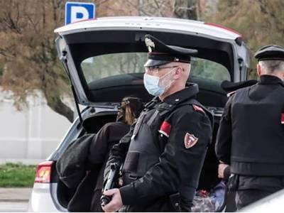 Portici carabinieri setacciano la città, Portici, i carabinieri setacciano la città: 1 arresto , 4 denunce e 8 sanzioni covid