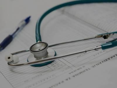 certificati medici, Napoli, viola gli obblighi e presenta certificati medici falsi: denunciato