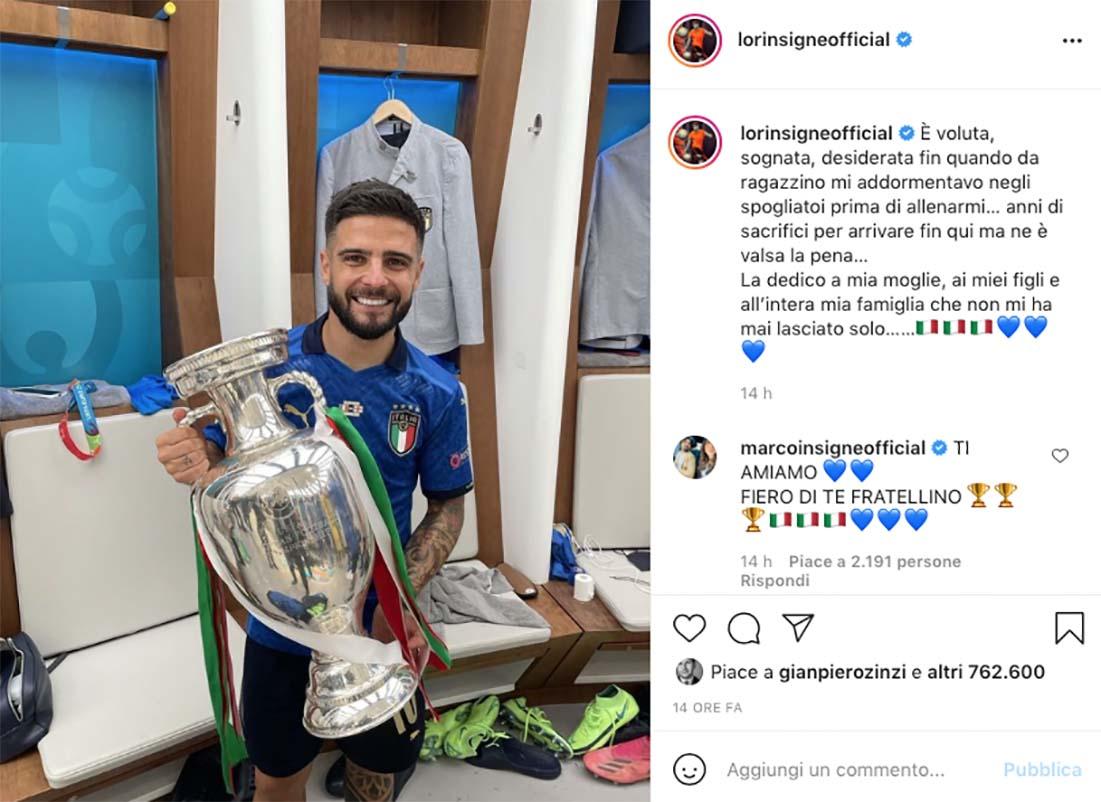 Lorenzo Insigne con la Coppa sognata